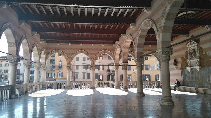 Italia-a-z-Udine